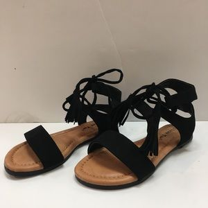138052272ab Other - 🌿Lace Up Fringed Tassel Ankle Strap Sandal🌿